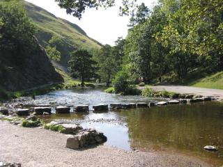 Stepping stones Dovedale